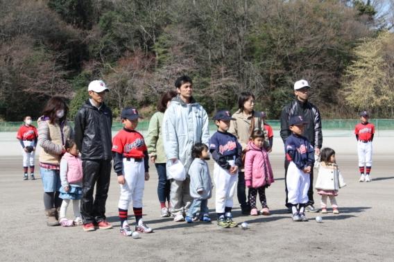 2012年 4月7日(土) 24年度第1回入団式を行いました。